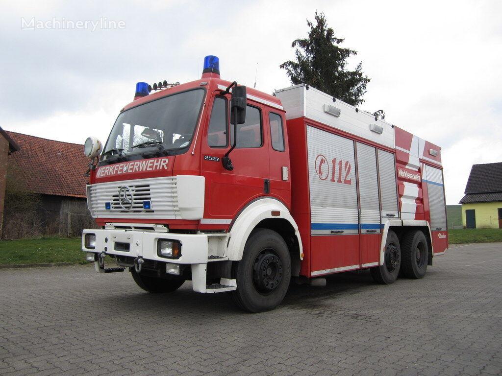 пожарная машина MERCEDES-BENZ 2527